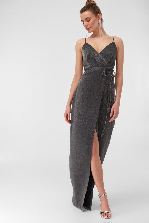 2f8dfda7f4306 Trendyolmilla Askılı Gümüş Sim Detaylı Uzun Abiye Elbise | ElbiseBul