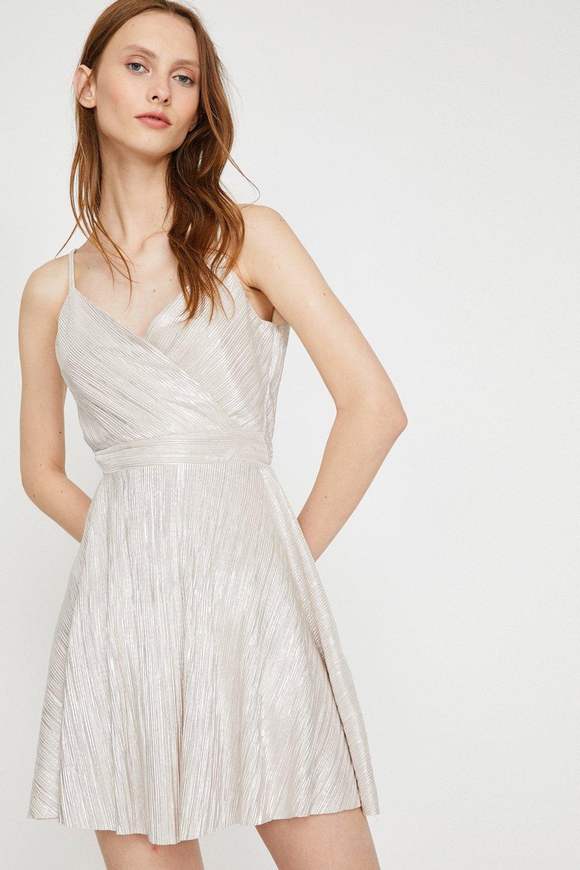 d812afe087151 Koton Askılı Büzgülü Altın Rengi Mini Elbise | ElbiseBul