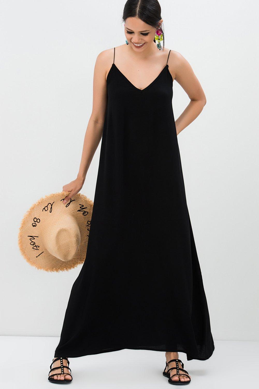 Siyah ip askılı elbise