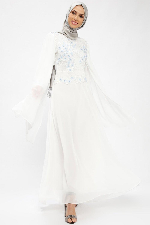 839d314e542f0 BÜRÜN Ekru Beyaz Çiçekli Şifon Detaylı Abiye Elbise | ElbiseBul
