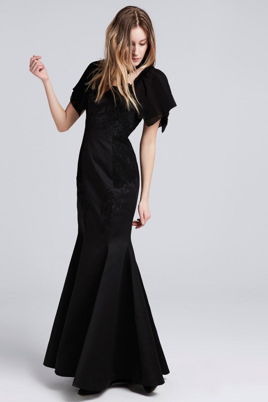 41d2ac2e152aa İpekyol Siyah Uzun Dantel İşlemeli Balık Abiye Elbise   ElbiseBul