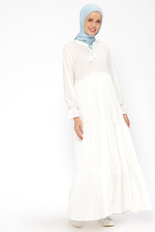 014cac7b0dc89 Beha Tesettür Beyaz Fırfırlı Elbise   ElbiseBul
