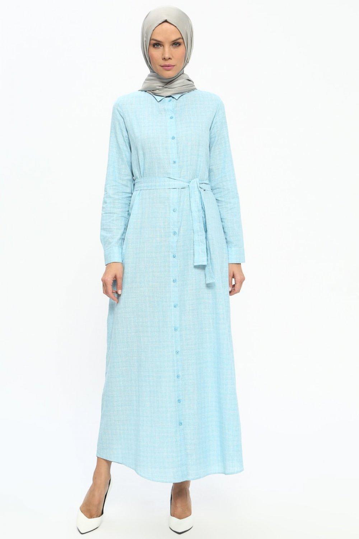 87b62e6d3d633 Tavin Mavi Beyaz Doğal Kumaşlı Boydan Düğmeli Elbise   ElbiseBul