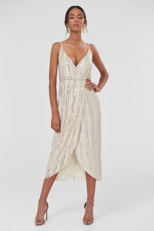 aabb47f1e9191 Trendyolmilla Askılı Krem Payet İşlemeli Uzun Abiye Elbise | ElbiseBul