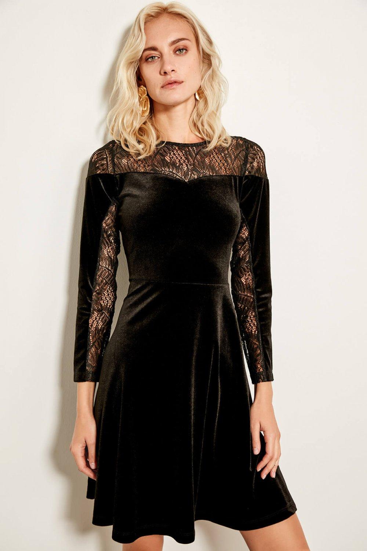 248dde4a41b41 Trendyolmilla Siyah Kadife Dantel Detaylı Mini Abiye Elbise | ElbiseBul