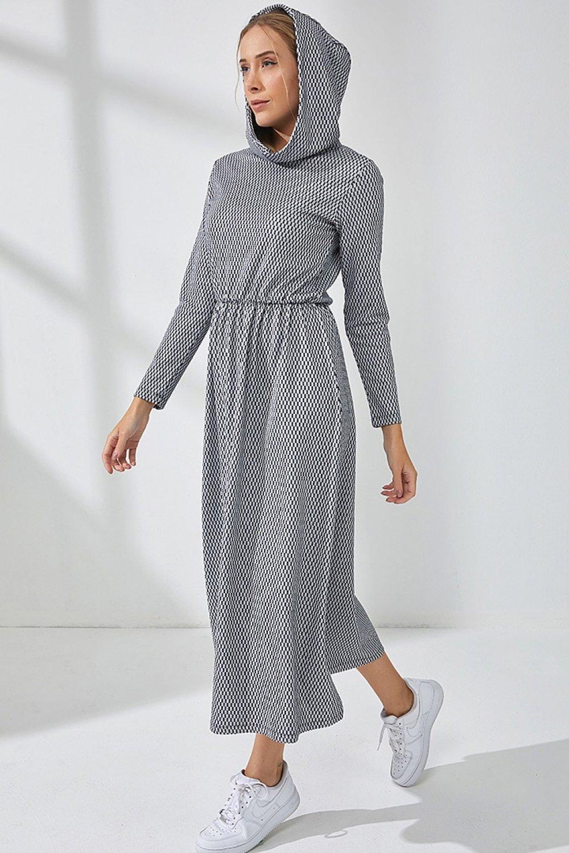 Muni Muni Siyah Doğal Kumaşlı Kapüşonlu Spor Desenli Elbise