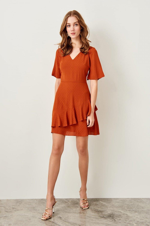 Trendyolmilla Tarçın Volanlı Mini Elbise