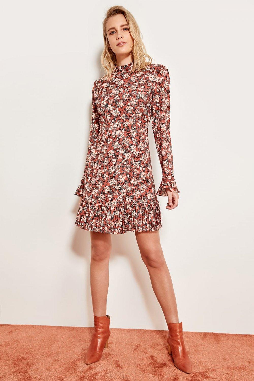 Trendyolmilla Turuncu Kiremit Eteği Piliseli Mini Elbise