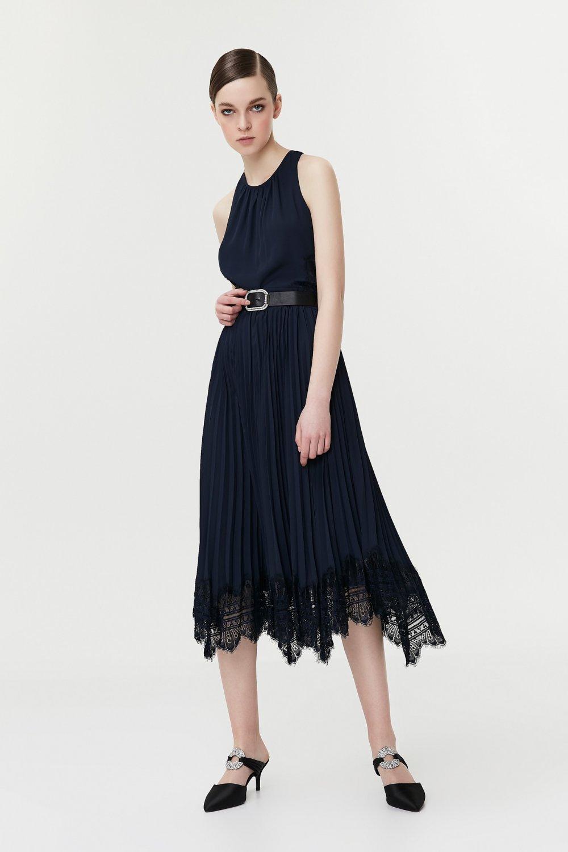 20ef309548bca İpekyol Askılı Pilisole Etekli Dantel Mix Midi Elbise | ElbiseBul