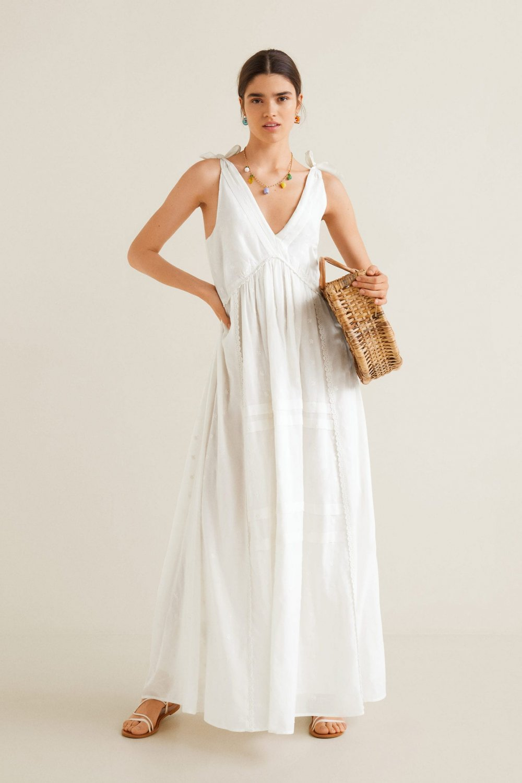 248c4362f6630 Mango Askılı Kırık Beyaz İşlemeli Uzun Elbise   ElbiseBul