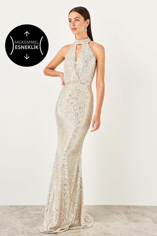 683efbce696 Trendyolmilla Gümüş Payetli Uzun Abiye Elbise | ElbiseBul