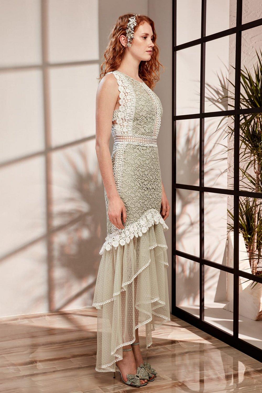 Raisa&vanessa For Trendyol Mint Güpür ve Tül Detaylı Uzun Abiye Elbise