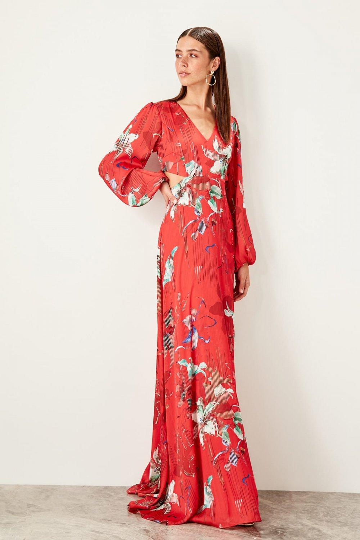 Trendyolmilla Kırmızı Cut Out Detaylı Uzun Abiye Elbise