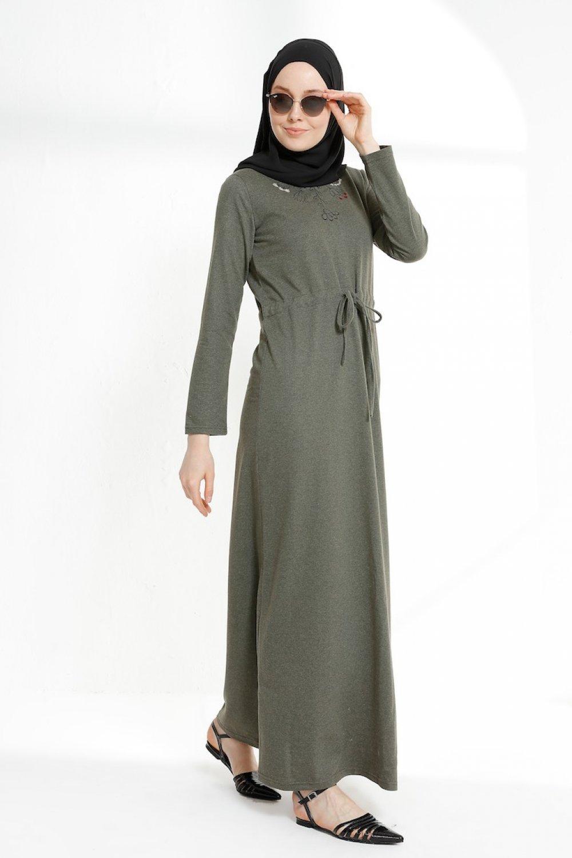 Sefamerve Haki Beli Büzgülü Nakışlı Elbise