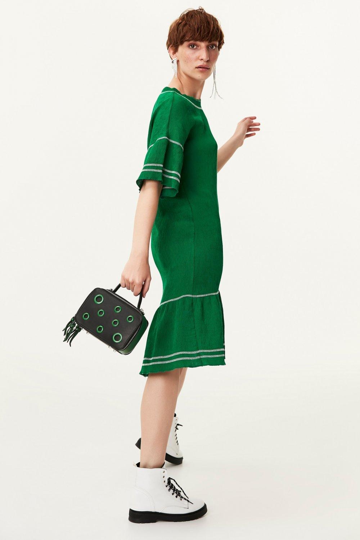 Twist Geniş Yaka Volanlı Midi Elbise