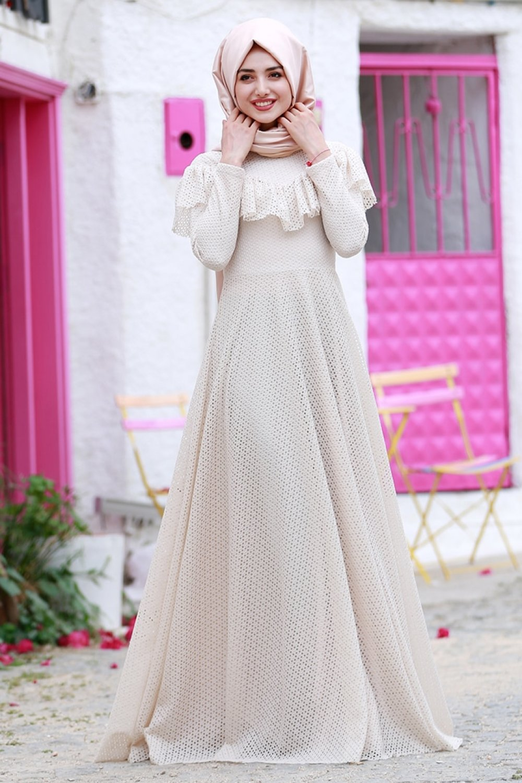 Gamze Özkul Ekru Vintage Dantel Detaylı Abiye Elbise