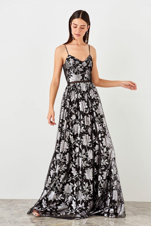 e4de6959a90a7 Trendyolmilla Askılı Siyah Çiçek Desenli Uzun Abiye Elbise | ElbiseBul
