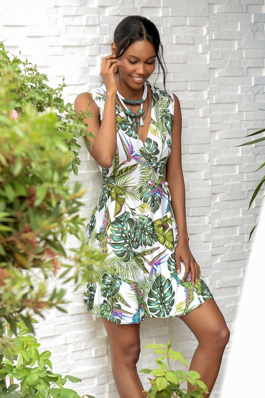 3682a374f3009 Trend: Alaçatı Stili Yeşil Desenli Kruvaze V Yaka Mini Elbise ...