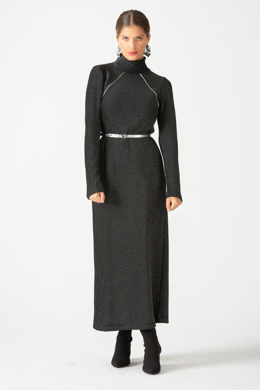 SCL Siyah Yarım Boğazlı Parlak Elbise
