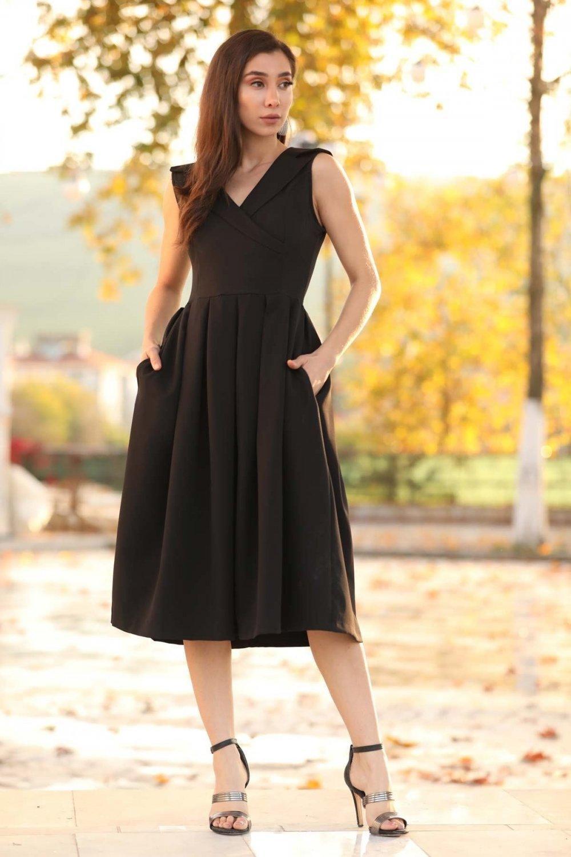 Nesrinden Siyah Mendil Yaka Midi Elbise