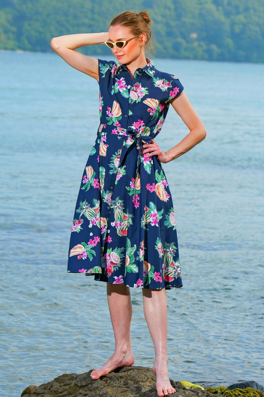 Trend Alaçatı Stili Lacivert Çiçekli Dokuma Midi Gömlek Elbise