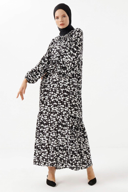 Phull Siyah Beyaz Çiçek Desenli Elbise