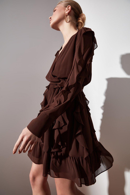 Trendyolmilla Kahverengi Kuşaklı Fırfır Detaylı Mini Elbise