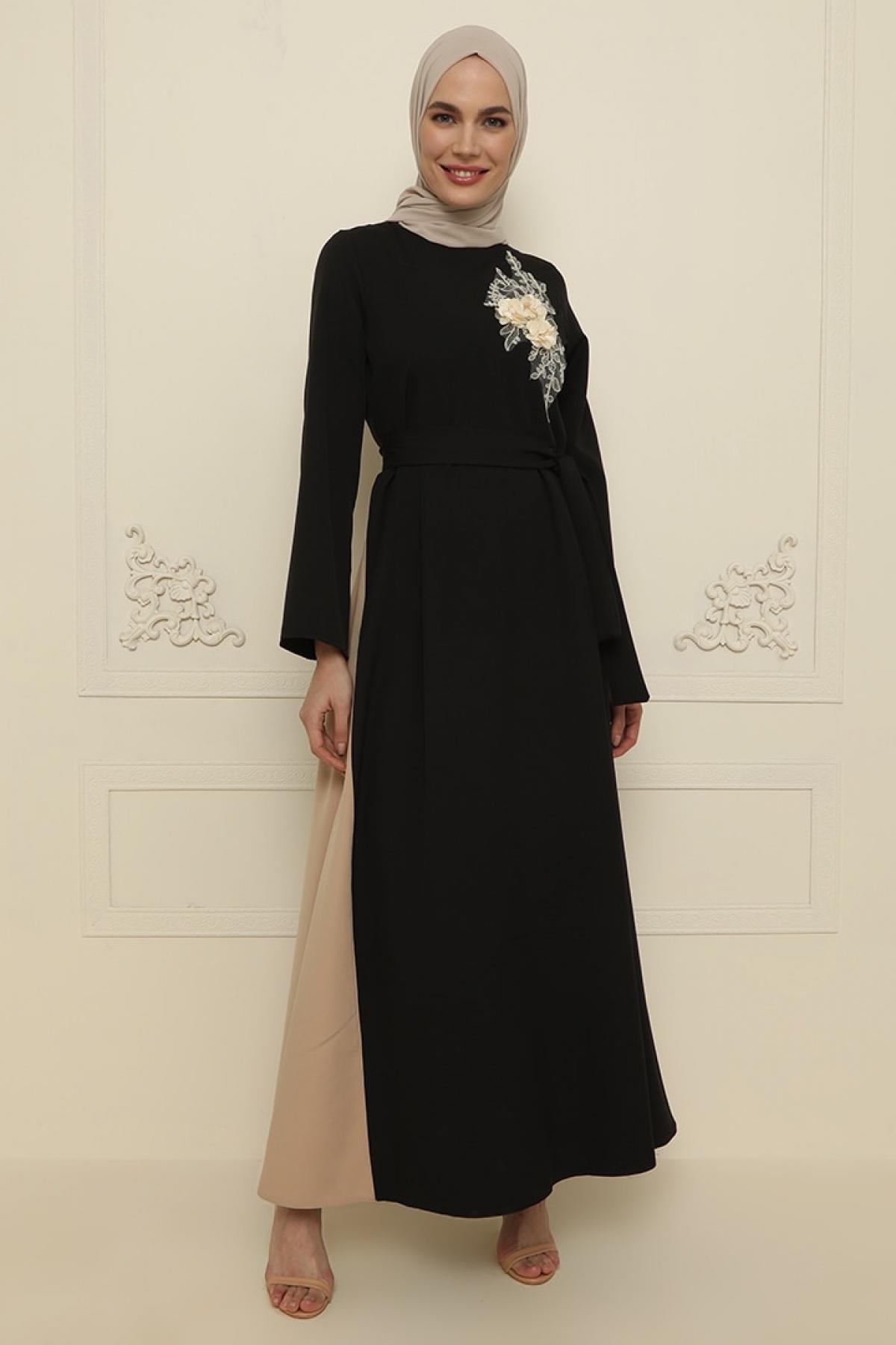 Gold Dresses Siyah Çiçek Aplikeli Abiye Elbise