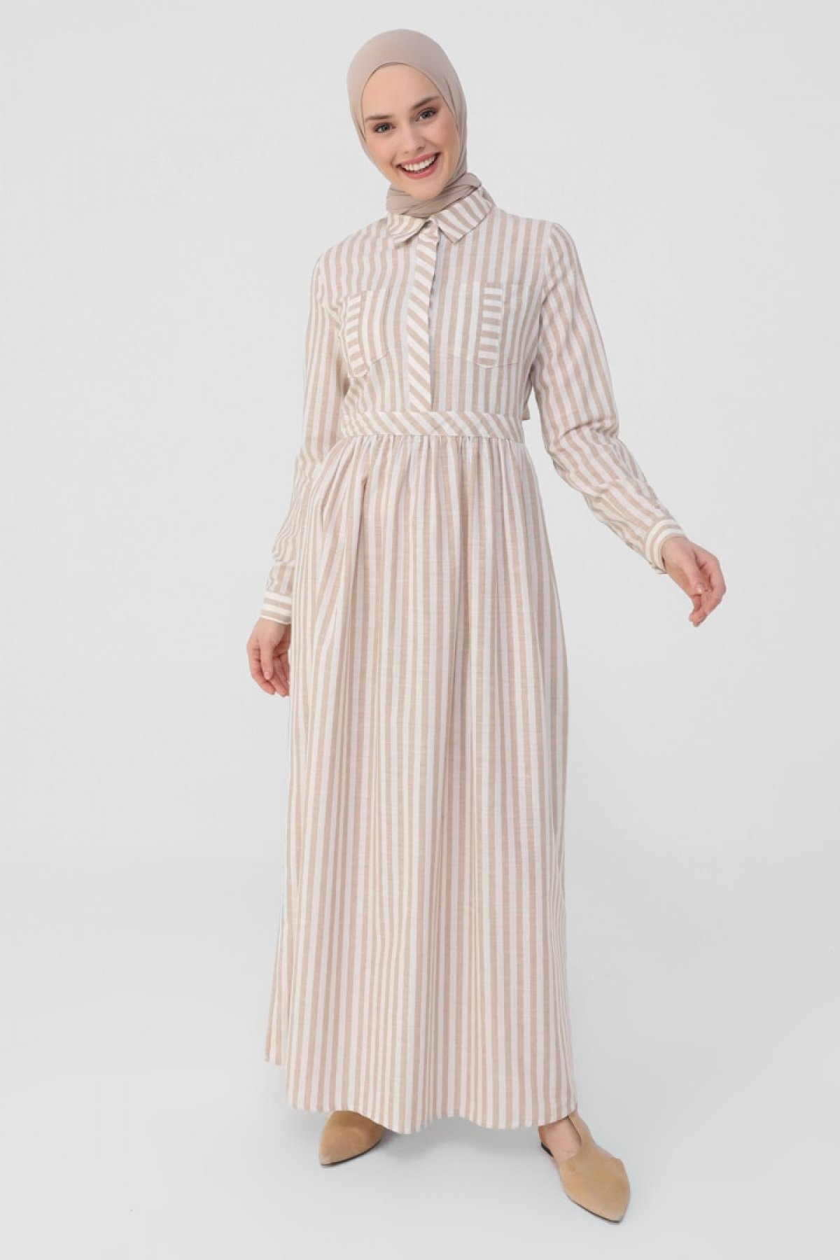 Refka Kum Beji Beli Kesik Detaylı Ve Yarım Patlı Çizgili Doğal Kumaşlı Elbise