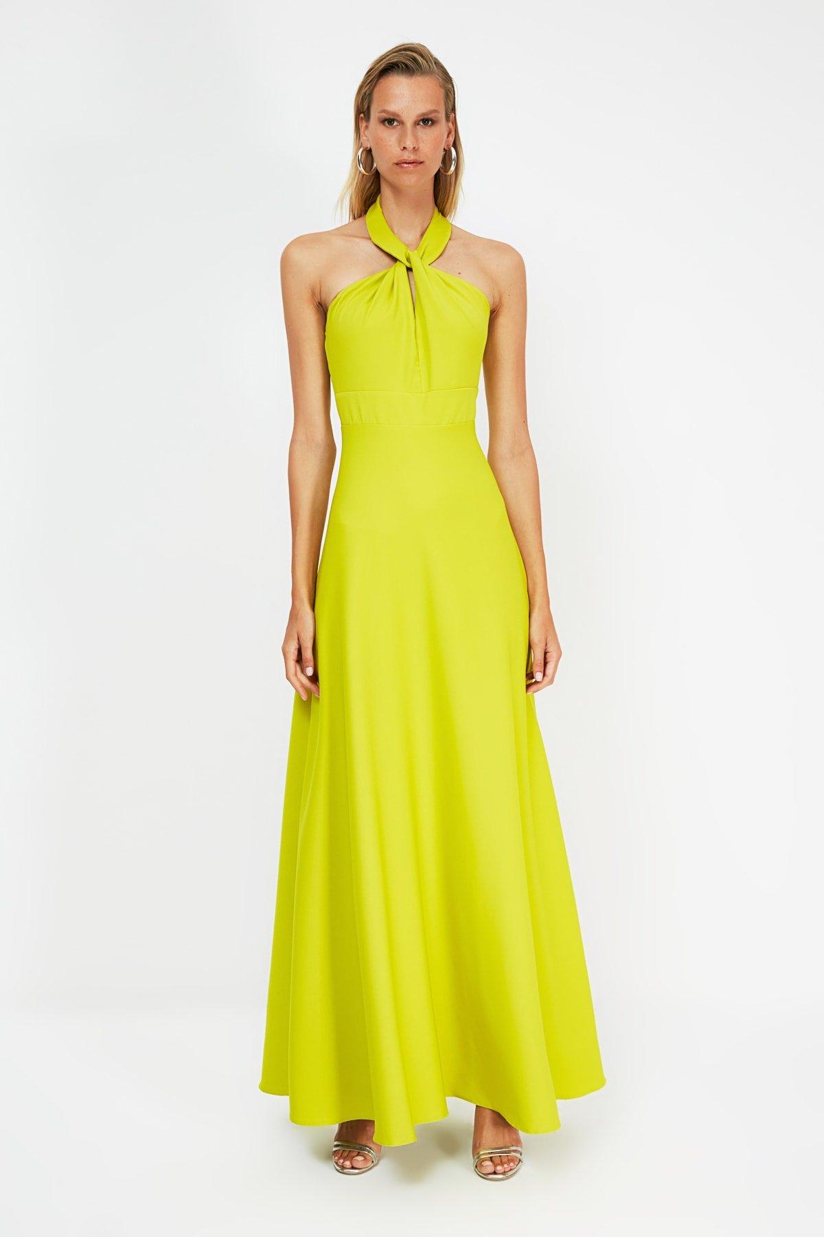 Trendyolmilla Sarı Sırt Dekolteli Uzun Abiye Elbise