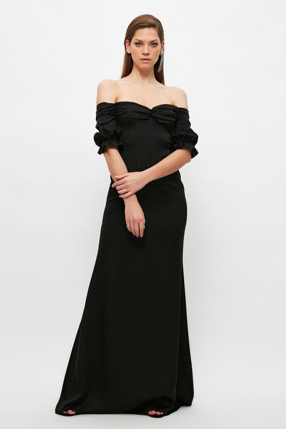 Trendyolmilla Siyah Büzgü Detaylı Uzun Abiye Elbise
