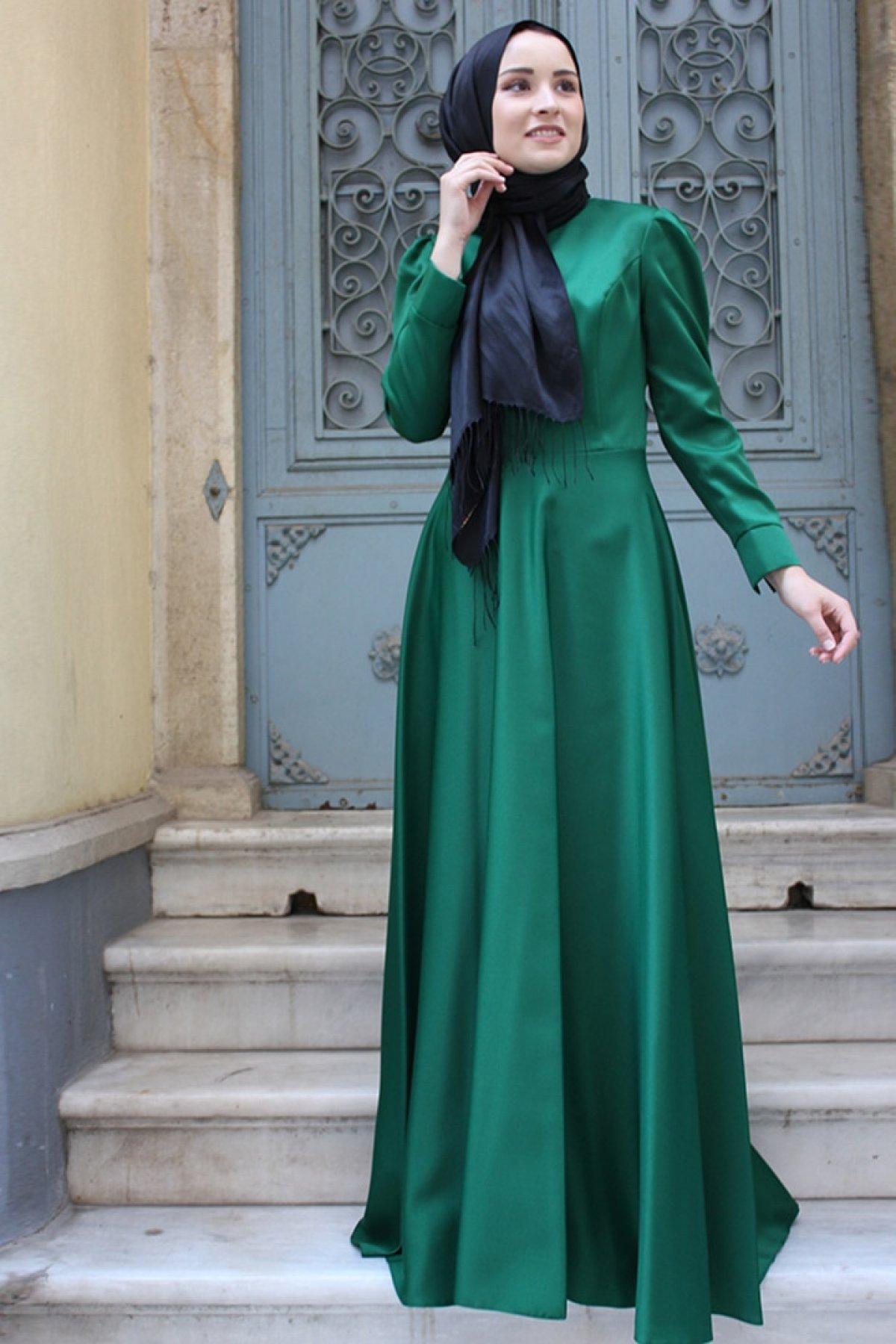 Zehrace Zümrüt Yeşili Abiye Elbise