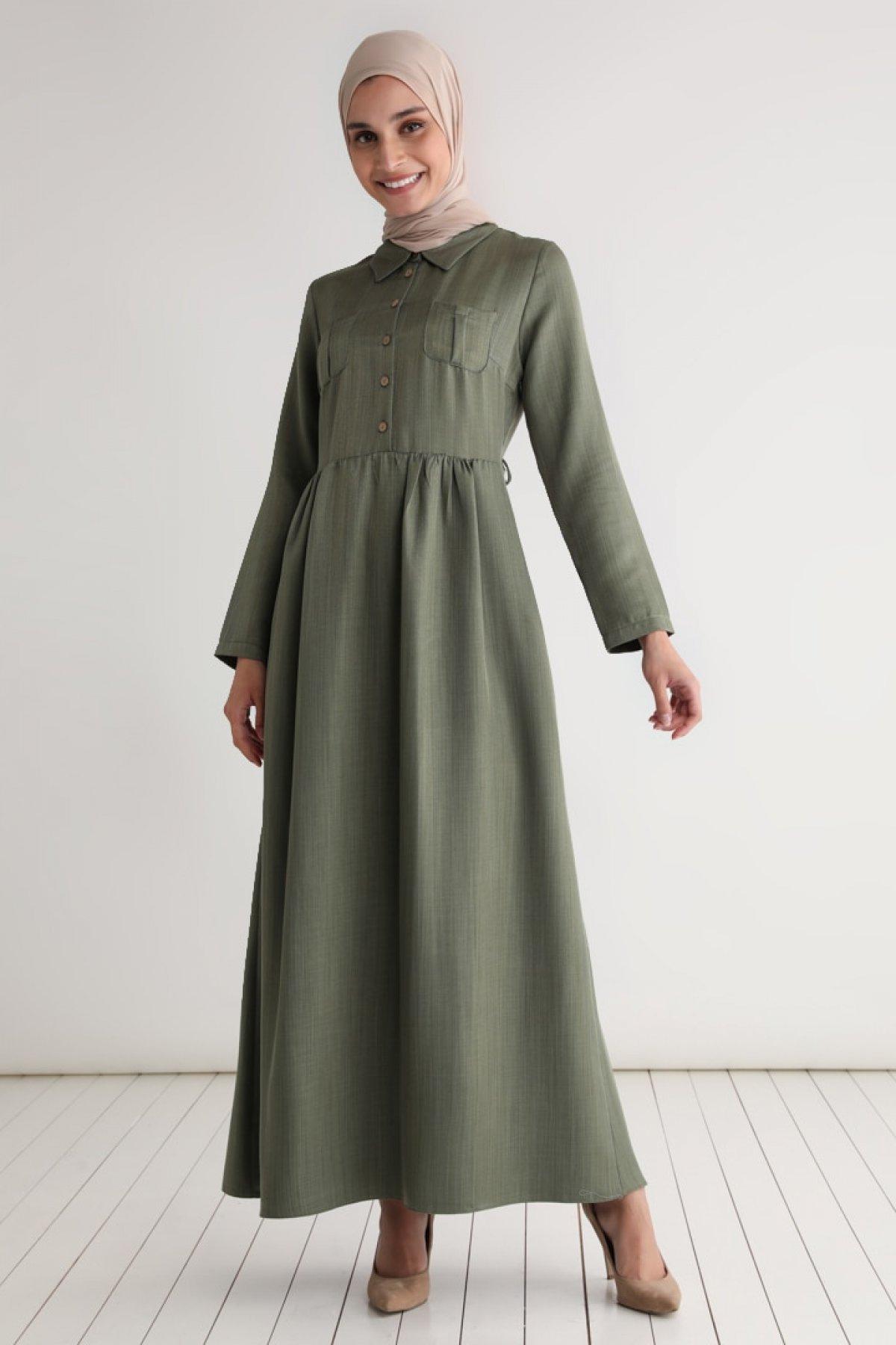 Tavin Haki Cep Detaylı Kuşaklı Elbise