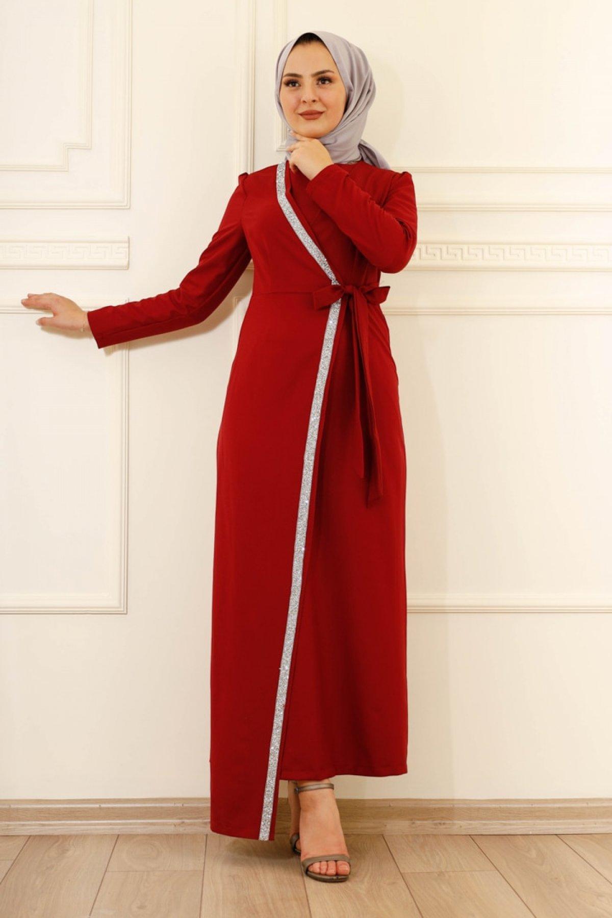 Moda Dua Bordo Önü Taşlı Kruvaze Abiye Elbise