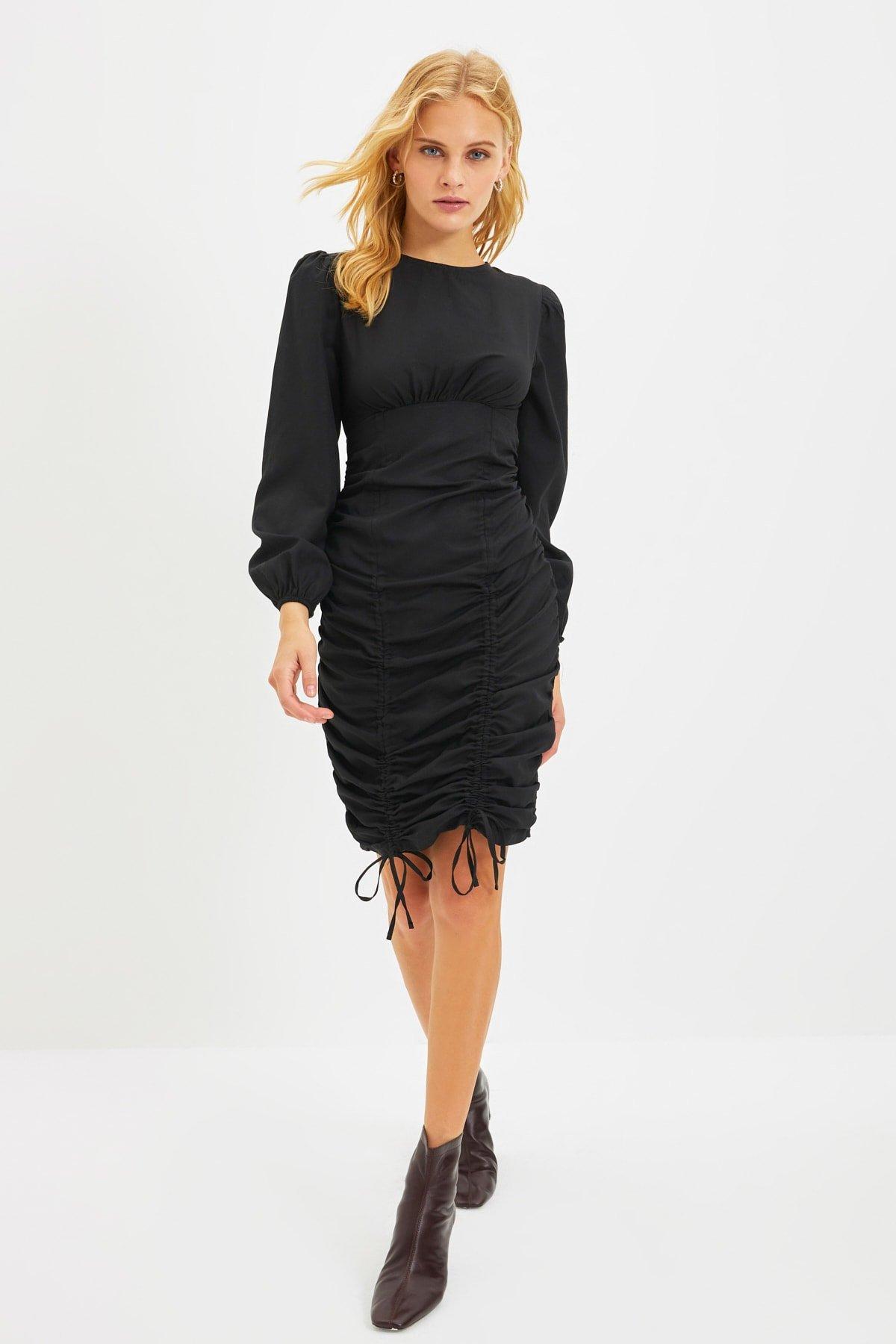 Trendyolmilla Siyah Büzgülü Mini Elbise
