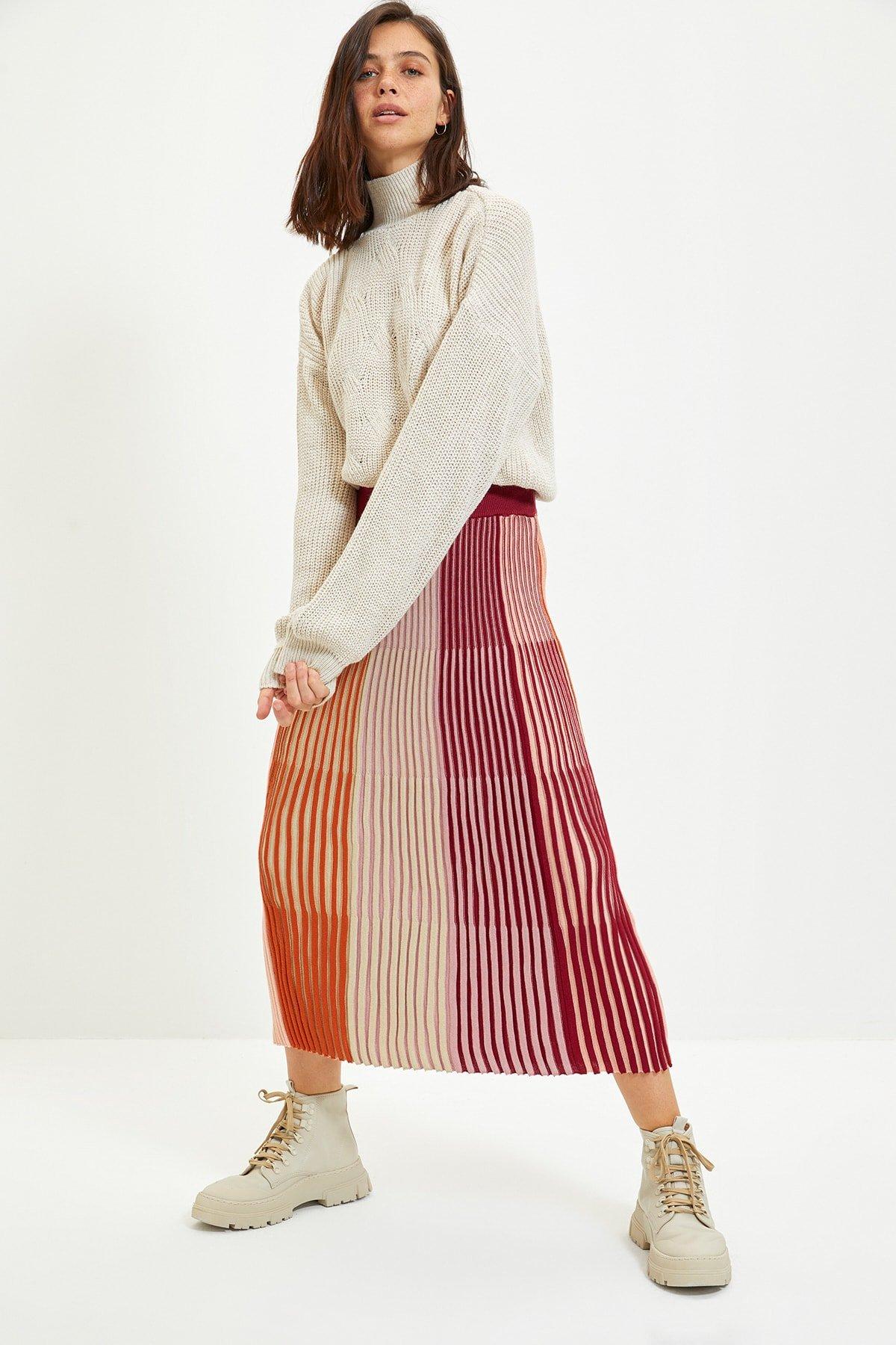Trendyolmilla Bordo Renk Bloklu Uzun Triko Etek