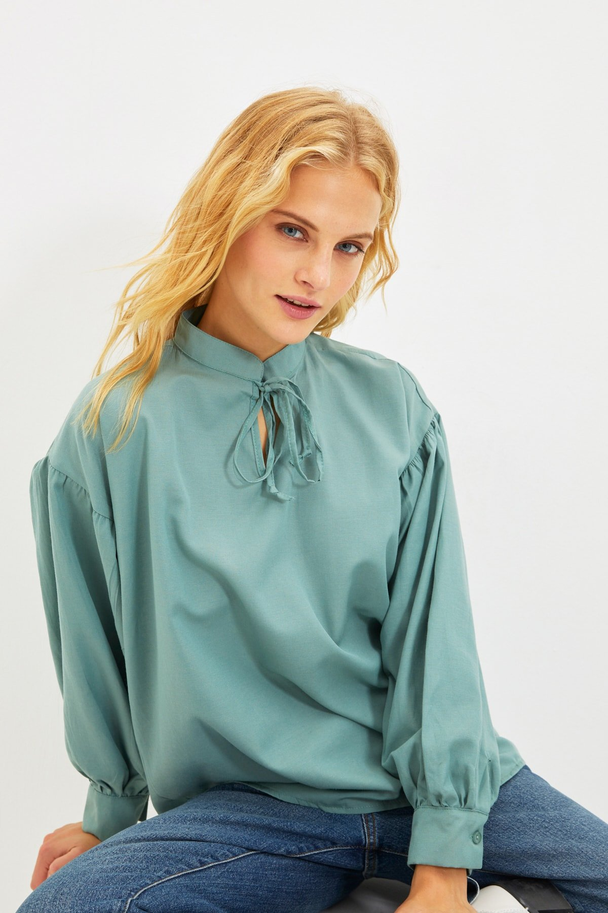 Trendyolmilla Mint Bağlama Detaylı Bluz