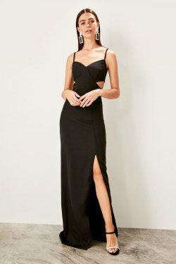 Trendyolmilla Askılı Siyah Dekolte Detaylı Uzun Abiye Elbise