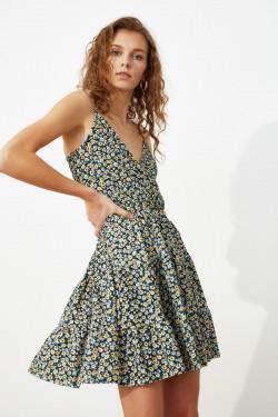 Trendyolmilla Askılı Renkli Desenli Kruvaze Örme Mini Elbise